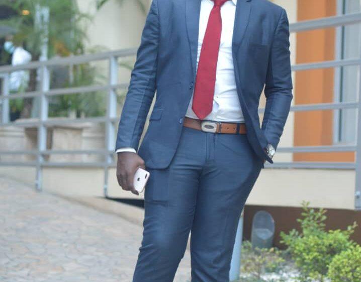 Le jeune Isaac LEO honoré par Haitian Bahamos un regroupement de diaspora.